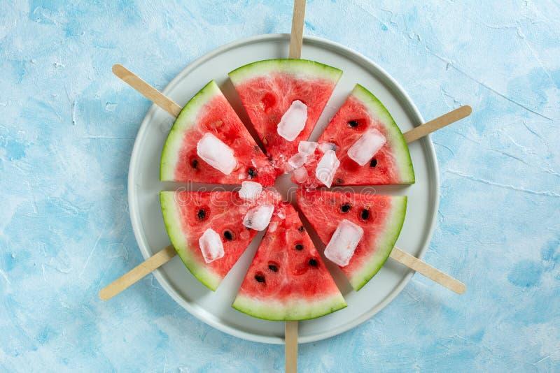 Melancia cortada do gelado do fruto fotos de stock