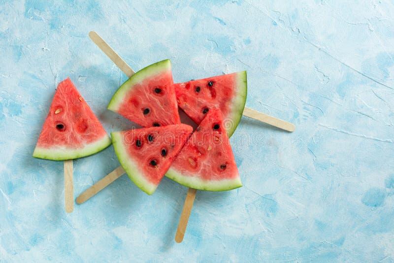 Melancia cortada do gelado do fruto foto de stock