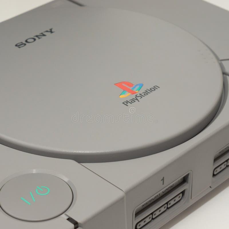 Melbourne, Australien - 23. Juli 2018: Sony-` s ursprüngliche PlayStation Konsole stockfotos