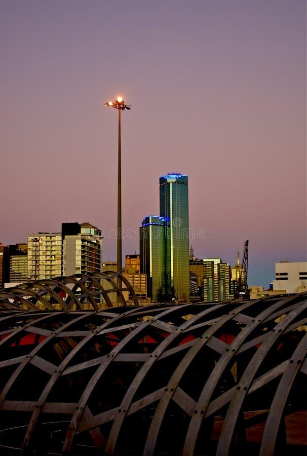 Melbourne CBD au coucher du soleil photographie stock