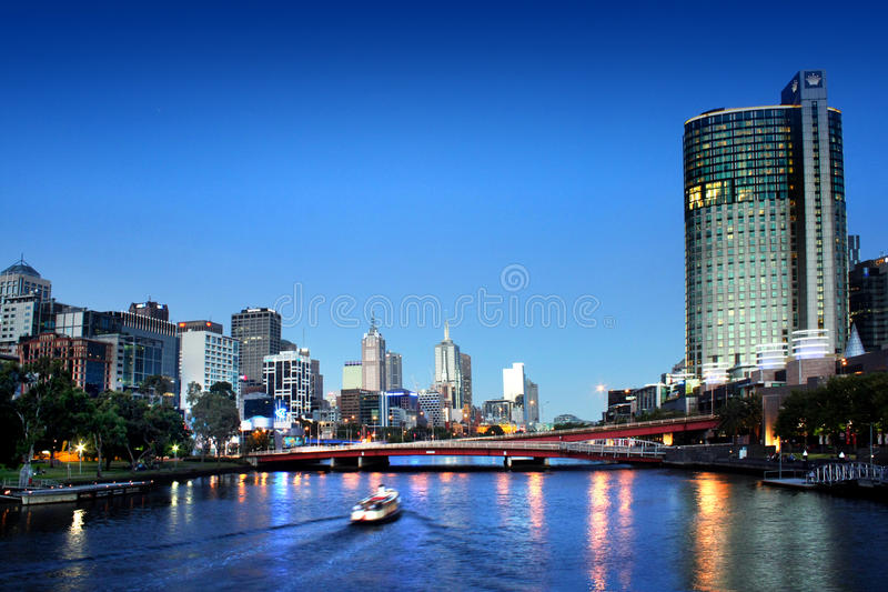 Download Melbourne city at night editorial stock image. Image of melbourne - 28425849