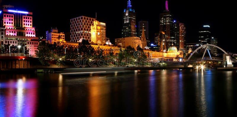 Melbourne de Night fotografía de archivo libre de regalías