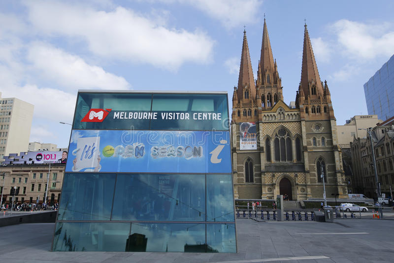 Melbourne gościa St Paul i Centre katedra w W centrum Melbourne obraz royalty free