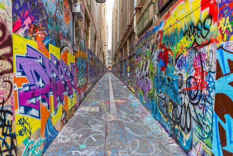 Melbourne-Graffiti in der schmalen Gasse stockfoto