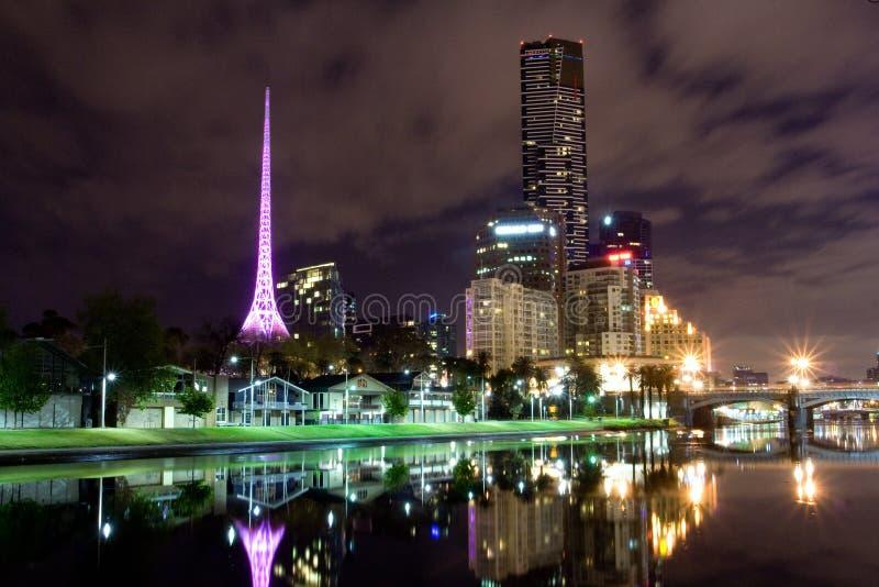 Melbourne na noite imagem de stock royalty free