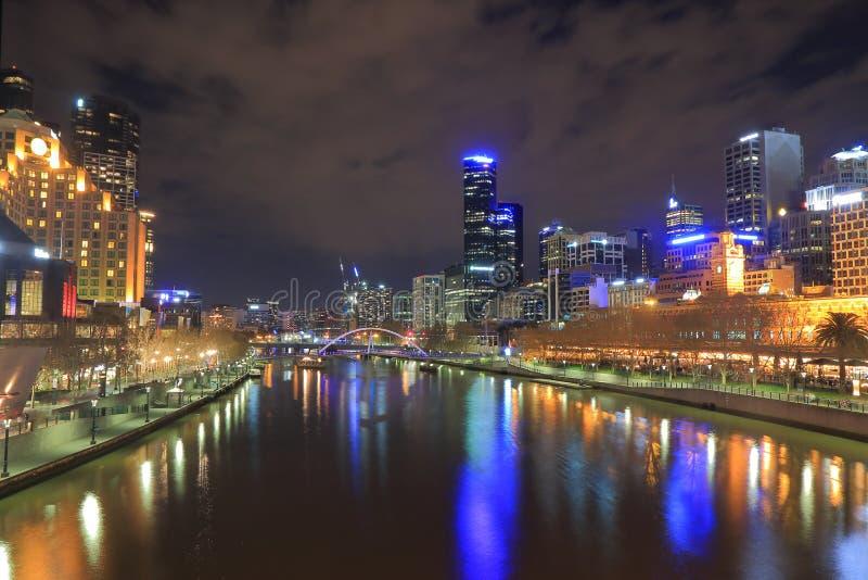 Melbourne-Nachtstadtbild Australien lizenzfreie stockbilder
