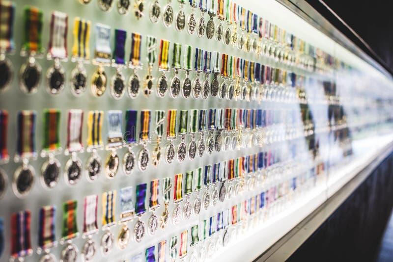 Melbourne-Schrein der Erinnerungs-Medaillen-Wand lizenzfreie stockfotos