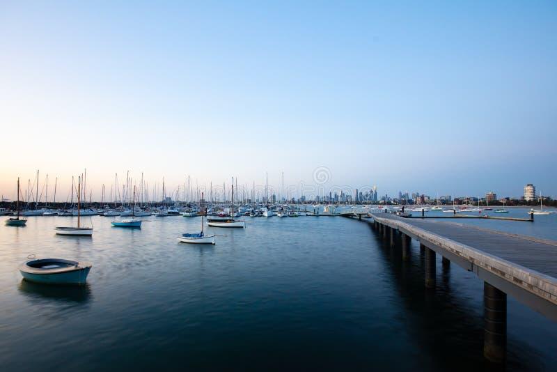 Melbourne-Sommer-Sonnenuntergang lizenzfreies stockfoto