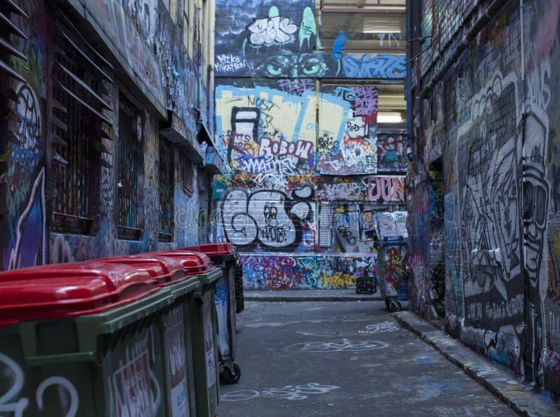Melbourne stads- gränd Street Art arkivbild