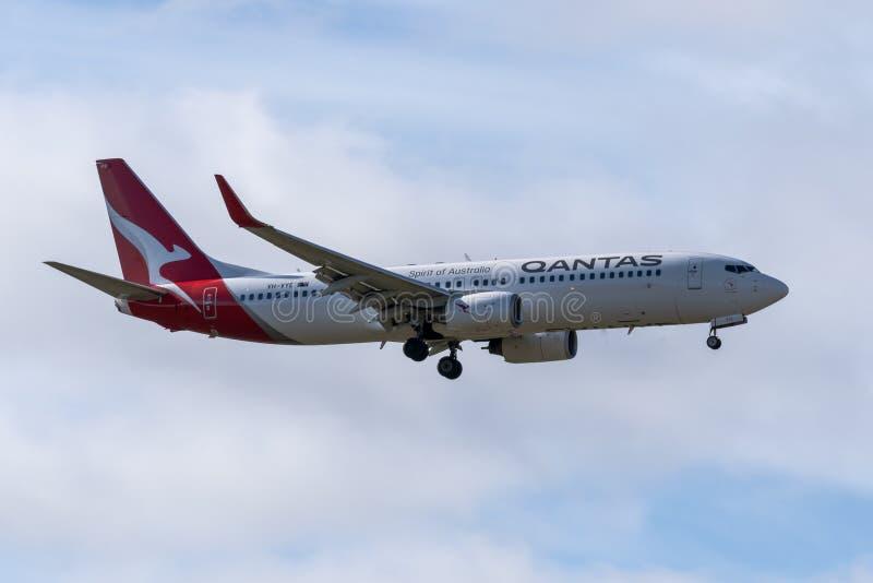 Melbourne, Victoria, Austrália - 21 de maio de 2018: Qantas Airways Boeing 737 foto de stock royalty free