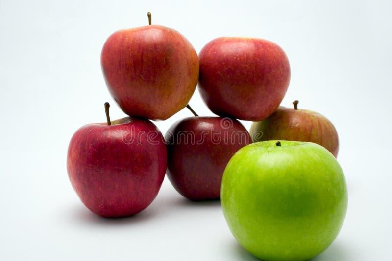 Download Mele immagine stock. Immagine di ingrediente, frutta, squisito - 203435