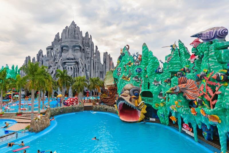 Melhor na água de Vietname sul e no parque de diversões Suoi Tien fotos de stock