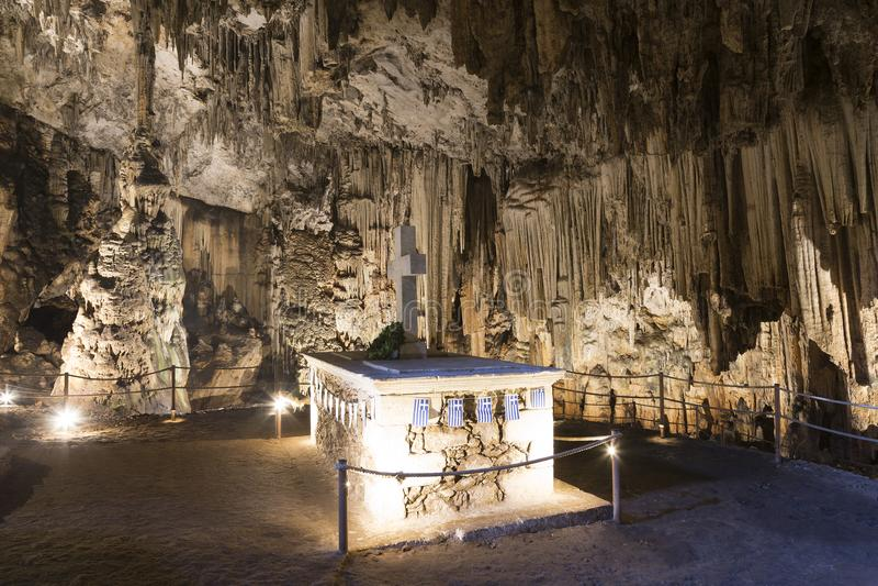 Melidoni grotta i Kreta, Grekland arkivfoton