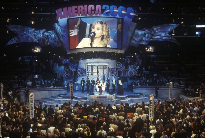 Melissa Etheridge öppnar den 2000 demokratiska regeln på Staples Center, Los Angeles, CA royaltyfria bilder