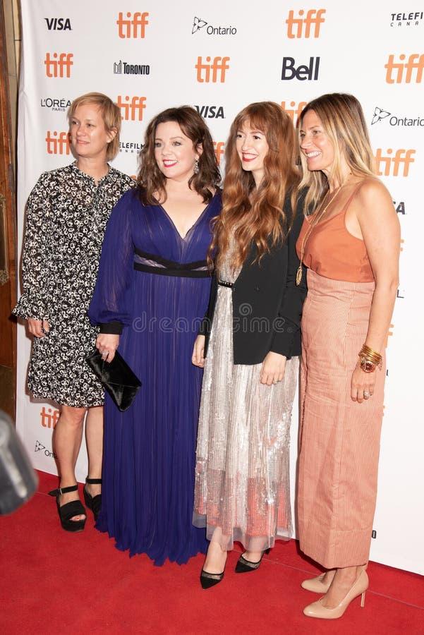 Melissa McCarthy en Directeur Marielle Heller, plus producenten bij kunnen u me première TIFF2018 ooit vergeven royalty-vrije stock foto