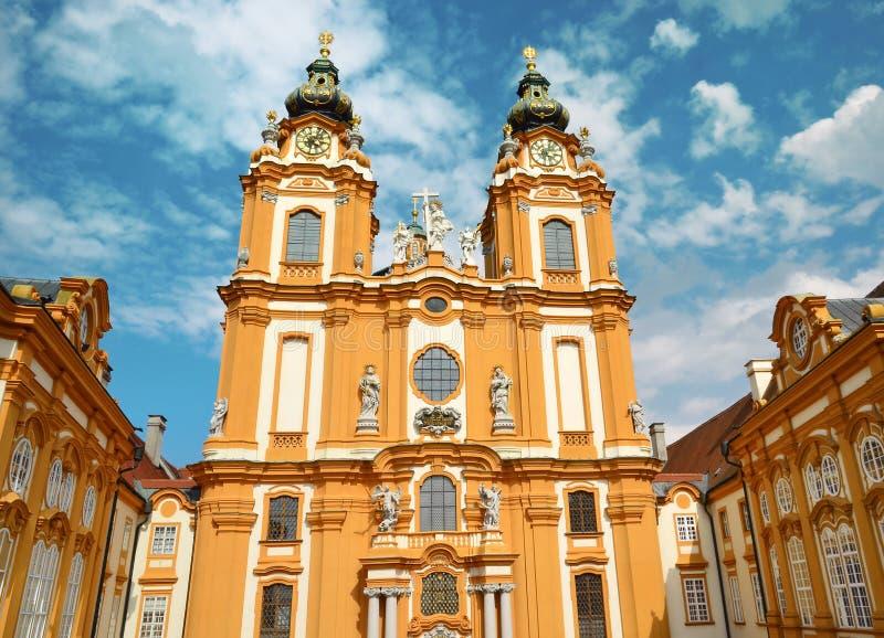 Melk, Austria, el 25 de julio de 2014: San Pedro y Paul Church en la abadía de Melk, Austria imágenes de archivo libres de regalías