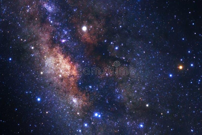 Melkachtige maniermelkweg met sterren en ruimtestof in het heelal royalty-vrije stock fotografie