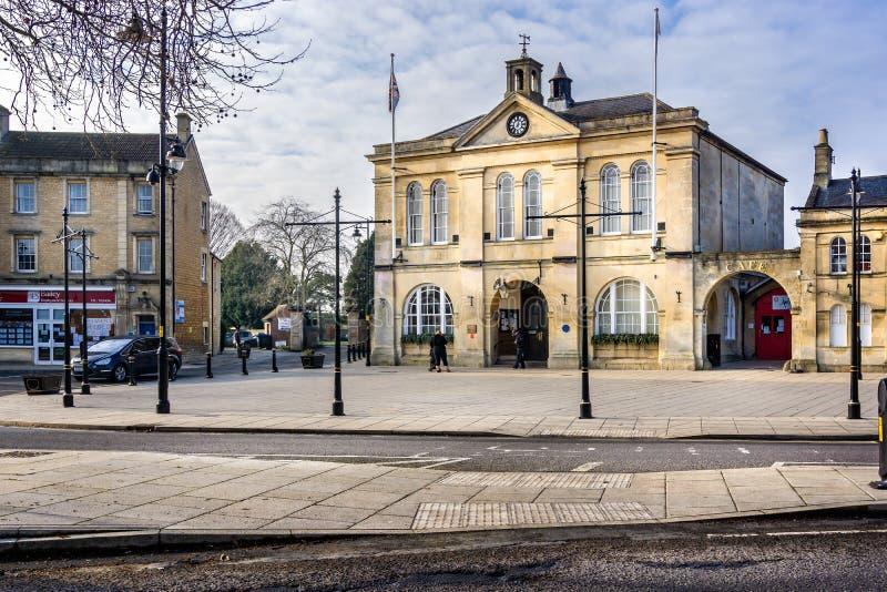 Melksham stadskärna och stadshus i Melksham, Wiltshire, UK royaltyfria foton