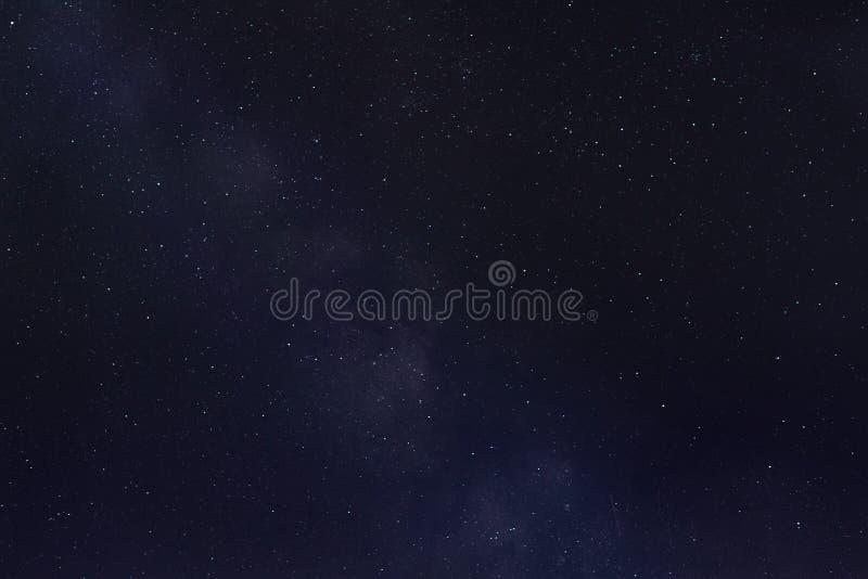Melkweg en dalende ster stock foto