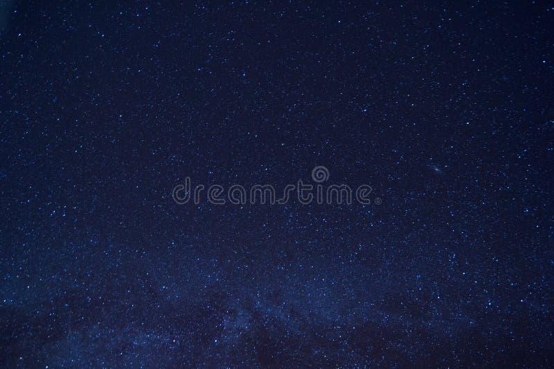 Melkwegmelkweg en Sterren in Nachthemel stock fotografie