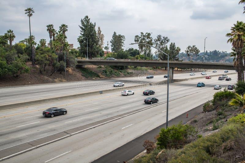 Mellanstatlig motorväg 210 i Kalifornien arkivfoton