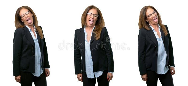 Mellersta ålderaffärskvinna med långt hår arkivbild