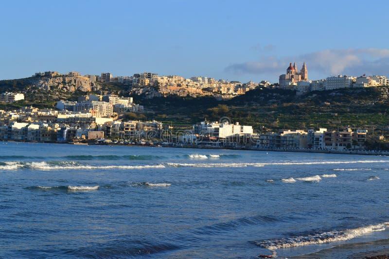 从Mellieha海湾马耳他的巨大看法 库存照片