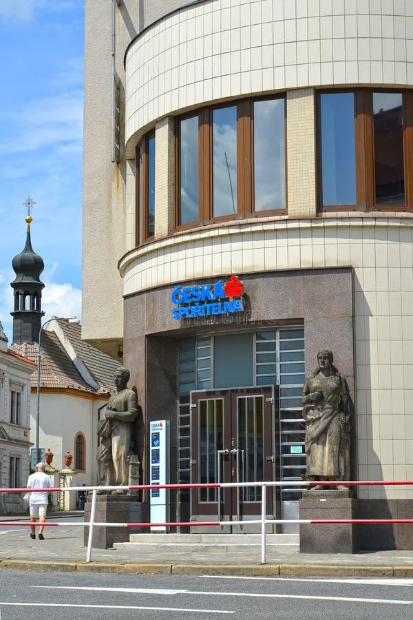 Melnik, republika czech Wejście budynek Czeski savings bank fotografia royalty free