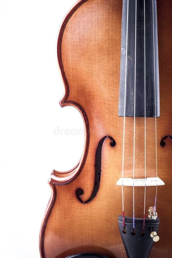 Melodia, opinião dianteira do violino isolada no branco, vintage imagem de stock