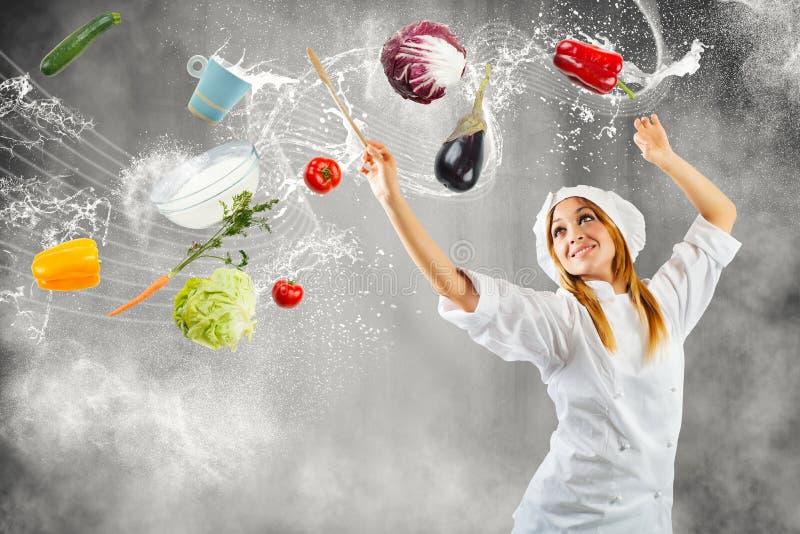 Melodie beim Kochen lizenzfreie stockbilder