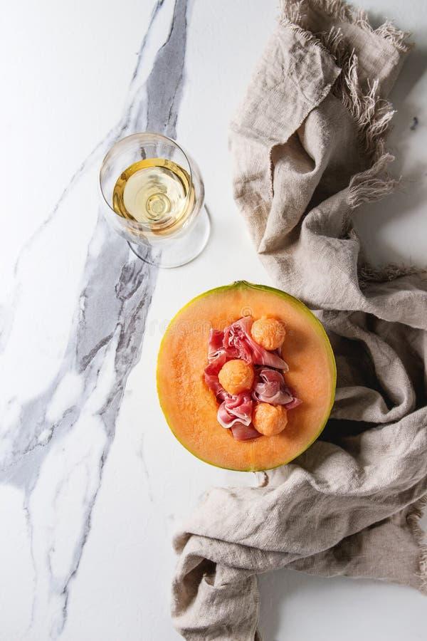 Melonu i baleronu sałatka obrazy stock