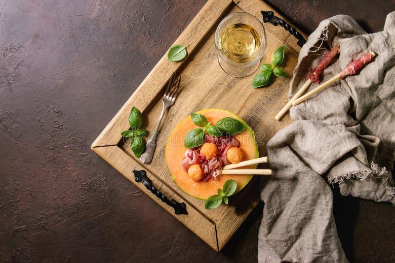 Melonu i baleronu sałatka obraz stock