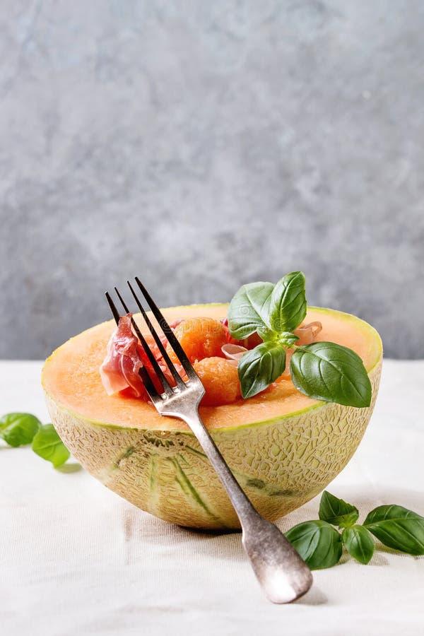 Melonu i baleronu sałatka fotografia stock
