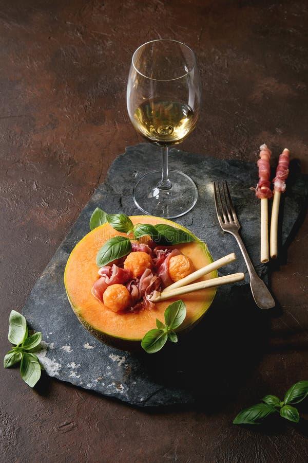 Melonu i baleronu sałatka zdjęcia stock