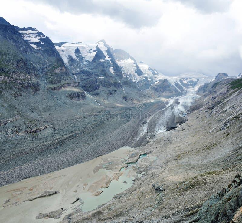 Melt 2 высокогорного ледника стоковое изображение