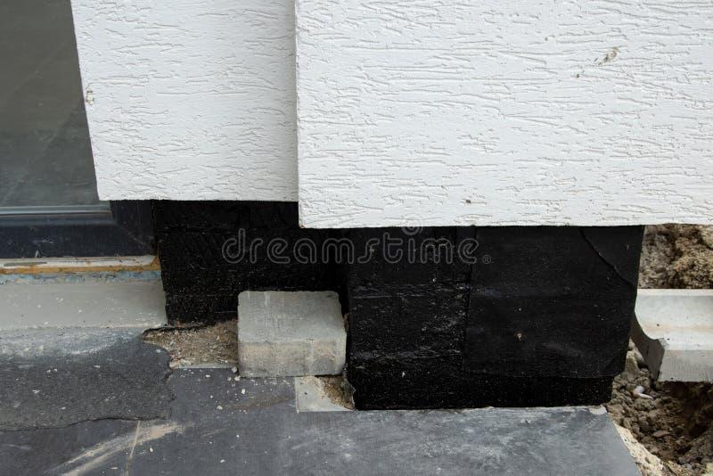 Membrane de imperméabilisation d'Oncrete pour les murs souterrains de sous-sol photo libre de droits