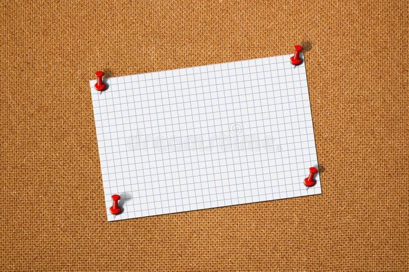 Memorando do papel vazio na madeira foto de stock royalty free