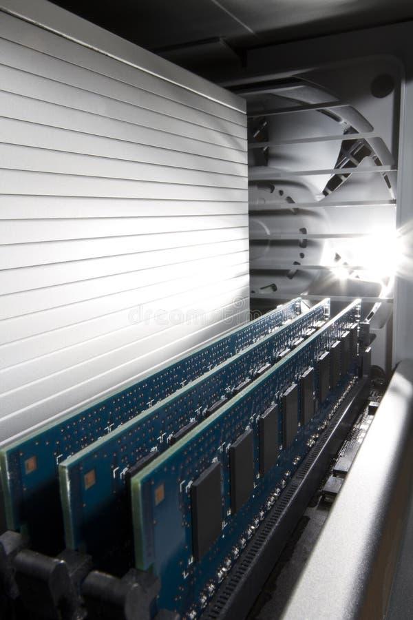 Memoria all'interno di una stazione di lavoro del calcolatore immagini stock libere da diritti
