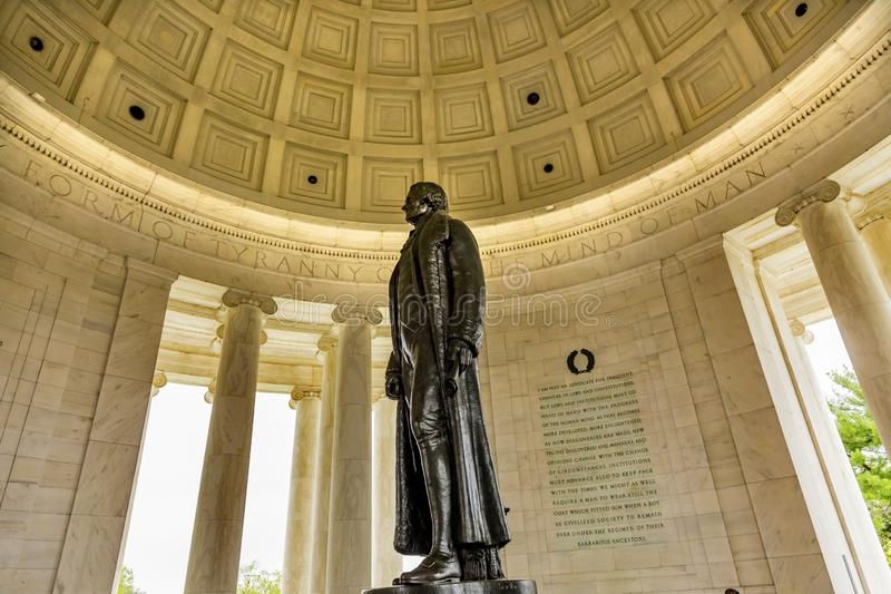 Memorial Bronze Jefferson Statu Colonnade Memorial Washington DC imagens de stock