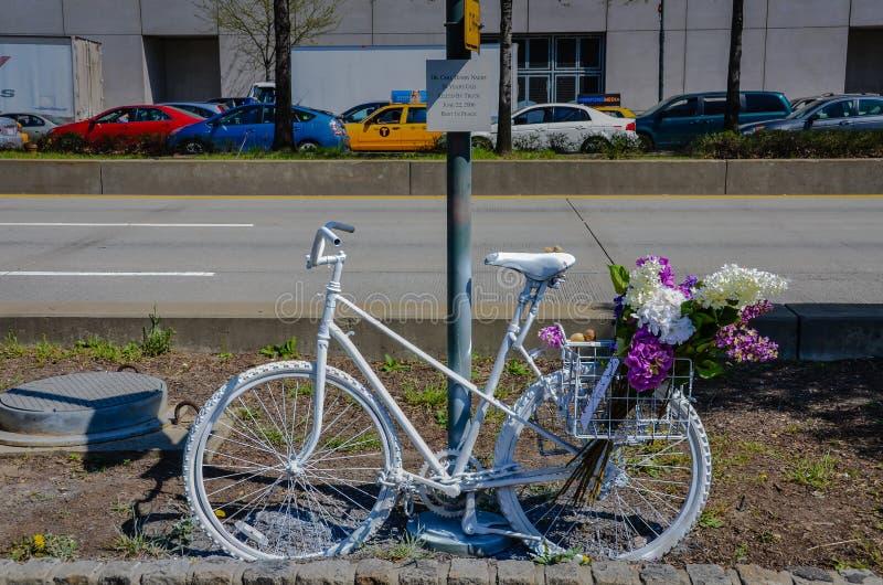 Memorial da bicicleta de New York City imagem de stock