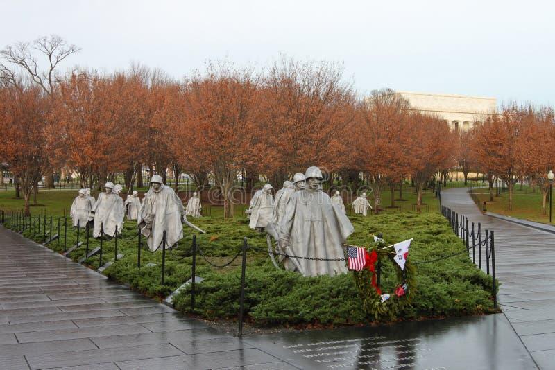 Memorial da Guerra da Coreia na manhã enevoada foto de stock