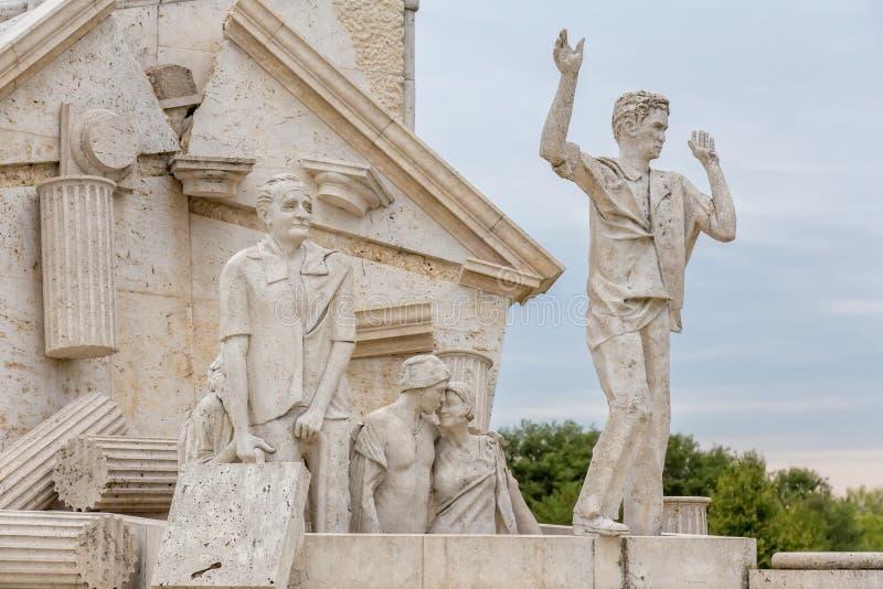 Memorial da paz a agitação, monumento ao piquenique pan-europeu 1989 em St Margarethen, Burgenland, lago Neusiedl fotos de stock