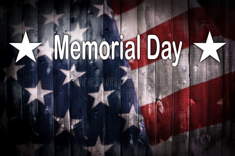 Memorial Day amerikanska flaggan på trä vektor illustrationer