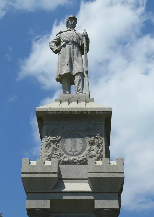 Memorial de guerra civil no porto histórico da barra em Maine imagens de stock royalty free