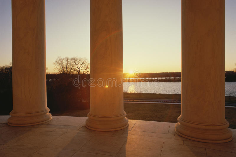 Memorial de Jefferson no por do sol imagem de stock royalty free