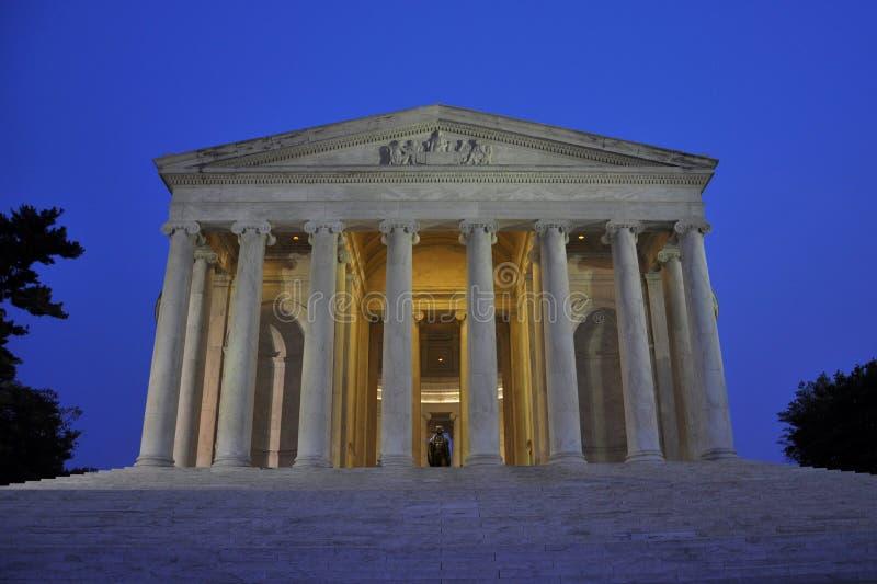 Memorial de Thomas Jefferson na noite imagem de stock royalty free