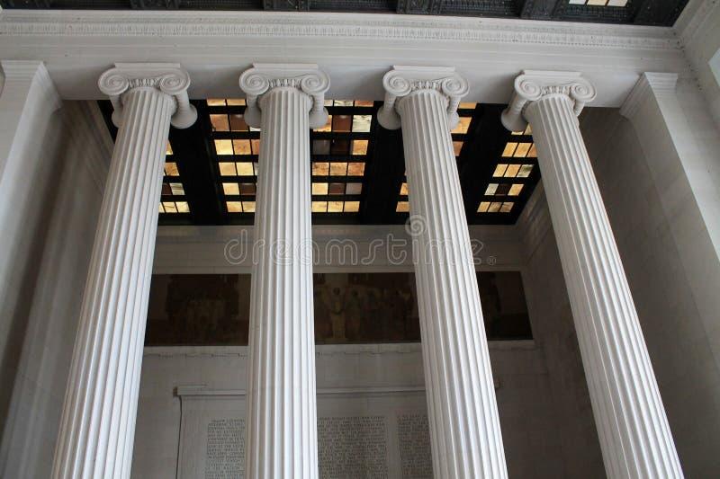 Memorial interior de lincoln do teto e das colunas fotos de stock