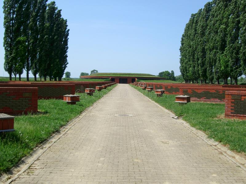 Memorial Park Sremski framdel, Vojvodina, Serbien royaltyfri foto