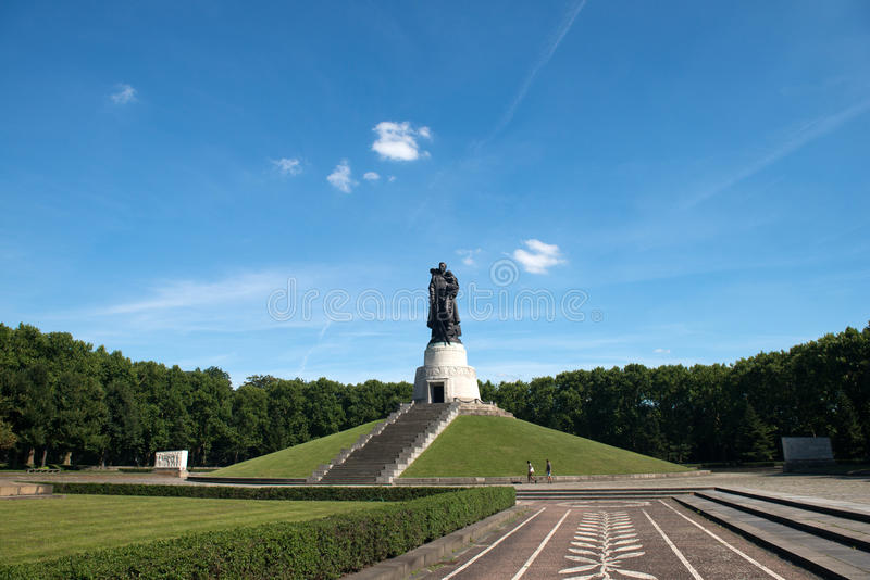 Download Memorial Of The Second World War Stock Image - Image: 26349681