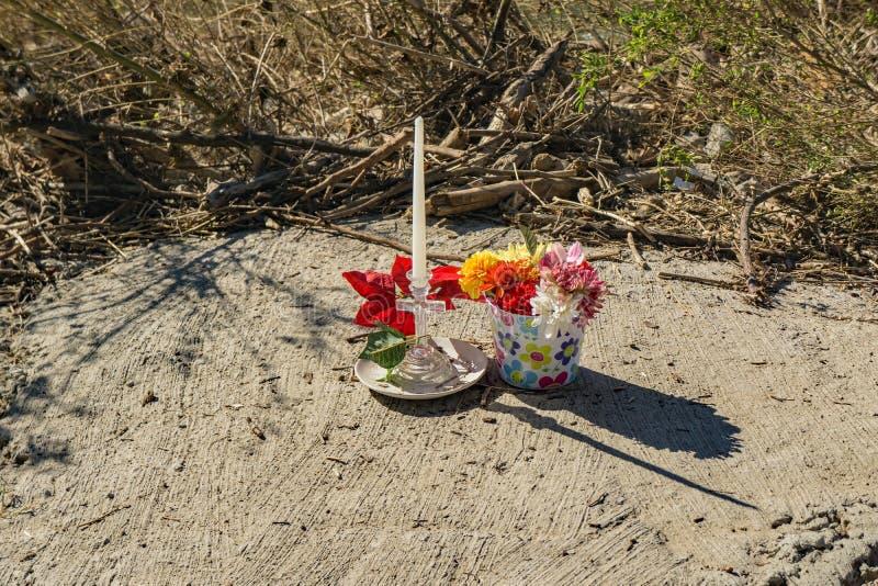 Memoriale dal fiume di Roanoke ad una donna che è morto durante l'uragano Firenze fotografia stock libera da diritti